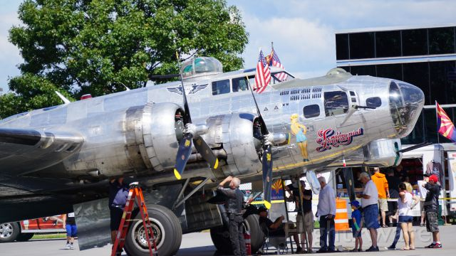 Boeing B-17 Flying Fortress — - Sentimental Journey B17 at Albany International Airport August 24, 2017