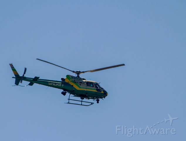 N950LA — - N950LA of the LA County Sheriff Department westbound from Long Beach.  Friday morning, April 11, 2014.