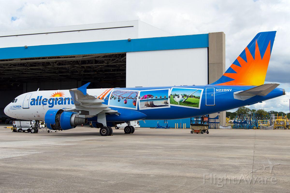 "Airbus A320 (N228NV) - New registration for Allegiant, ""Visit Florida."""