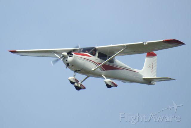 Cessna Skyhawk (N8620B)