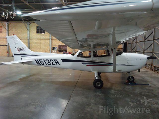 Cessna Skyhawk (N5132R)
