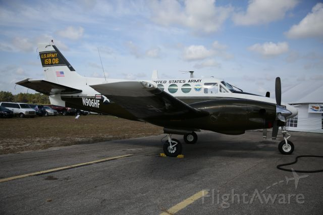 Beechcraft Ute (U-21A/G) (N906HF)
