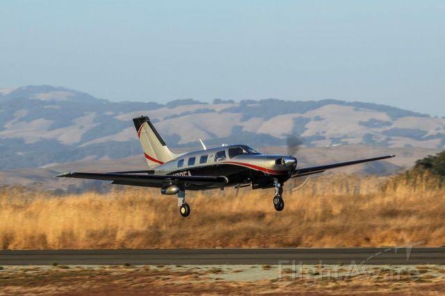 Piper Malibu Mirage (N795A)