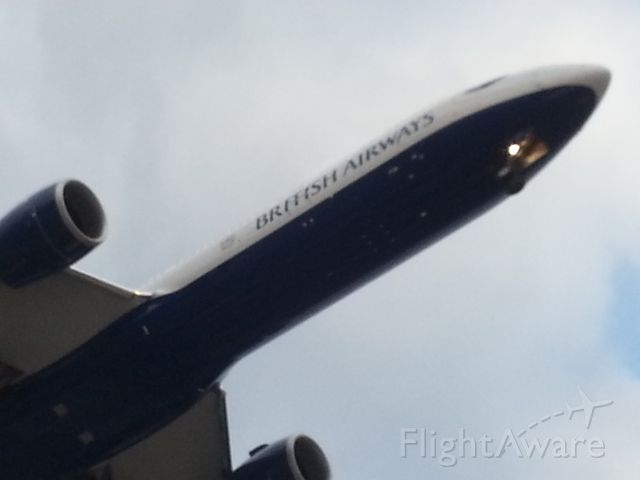 BOEING 777-300ER (G-STBI)