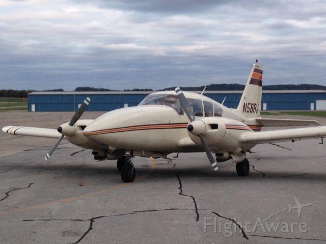 Piper Apache (N58RJ)