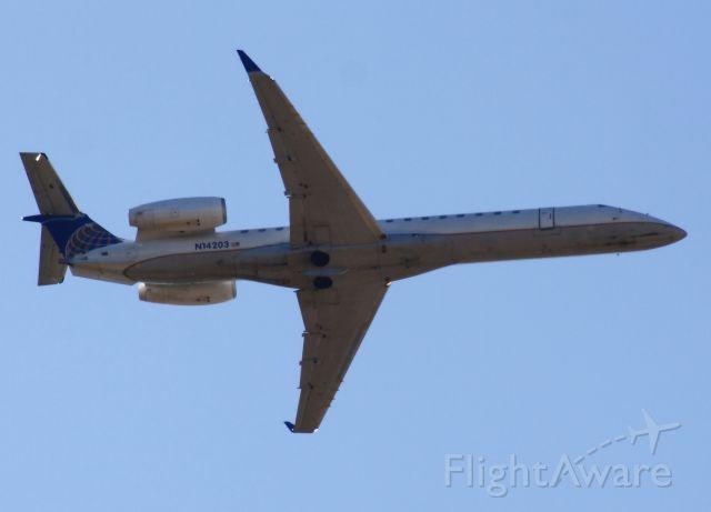 Embraer EMB-145XR (N14203)