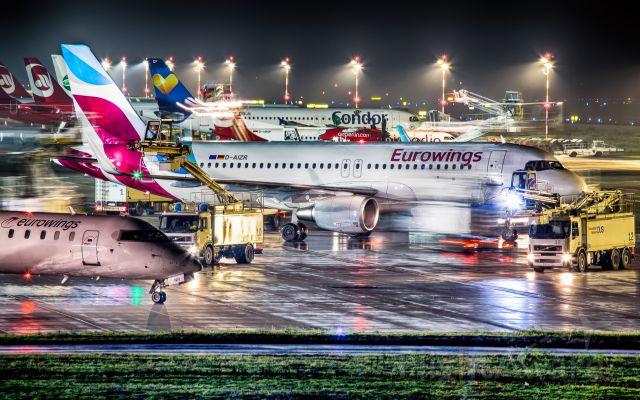Airbus A320 (D-AIZR) - Eurowings Airbus A320 Düsseldorf 16.01.2016