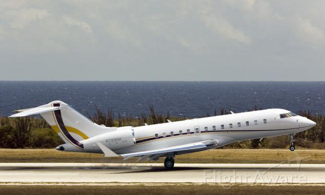 Bombardier Global 5000 (N723HH)
