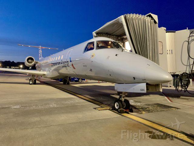 Embraer ERJ-145 (N684JW)