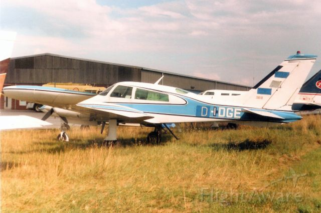 Cessna 310 (D-IDGE) - Seen here in Aug-89.<br /><br />Reregistered N310TS 27-Dec-93,<br />then N310SK 31-Oct-06.