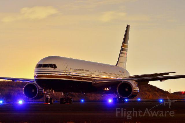 BOEING 767-300 (EC-LZO)