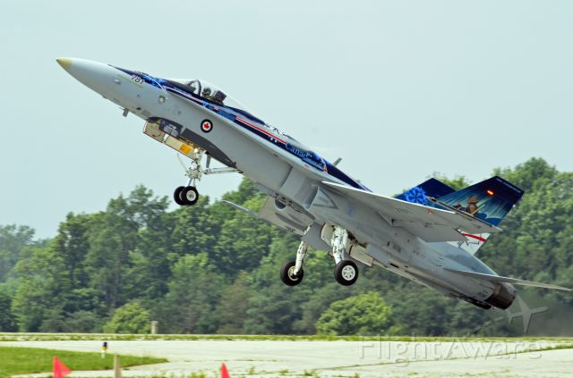 — — - Canadian Heritage Airshow