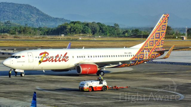 Boeing 737-800 (PK-LBS)
