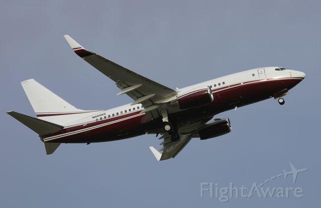 Boeing 737-700 (N800KS)