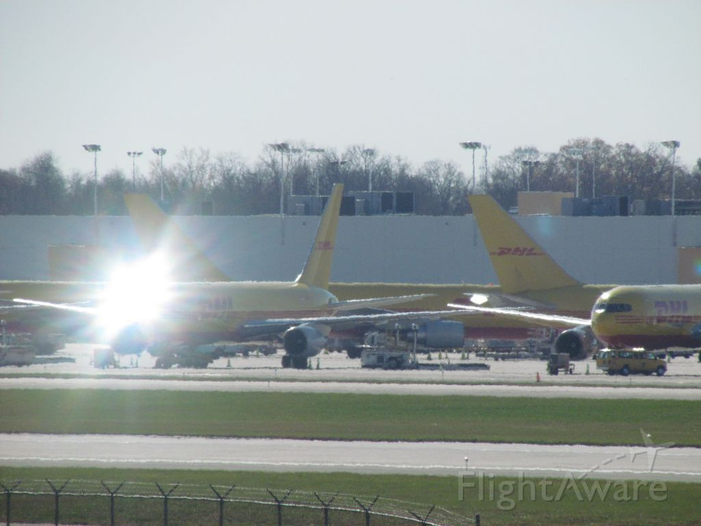 BOEING 767-300 — - Random photo I go of sun-glare on a 767 at CVG