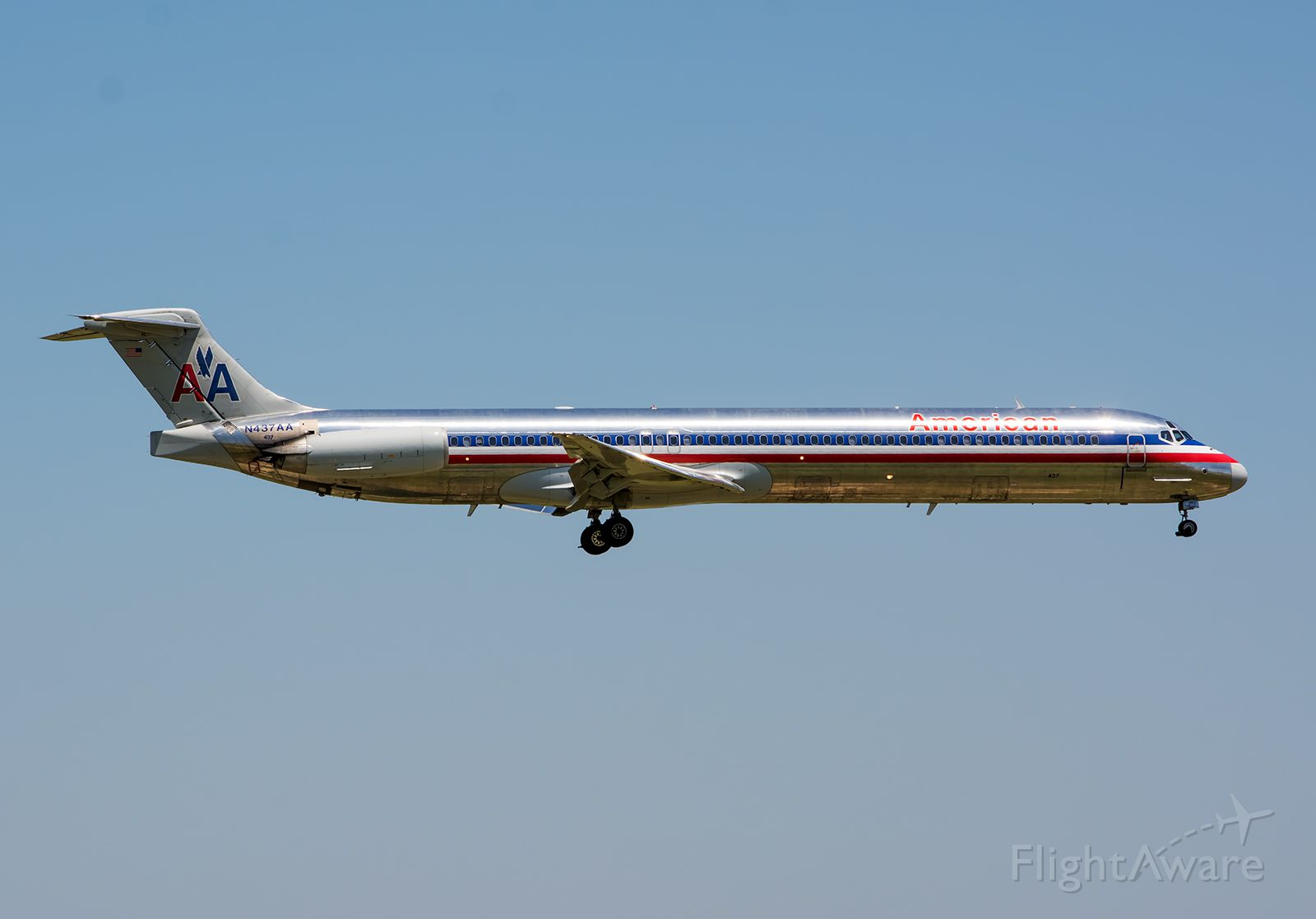 McDonnell Douglas MD-80 (N437AA) - 07/24/2015 American N437AA MD-80 KDFW. Im trying to photograph as many of these old MadDogs as possible because they are being retired daily and will soon be gone from the AA fleet.