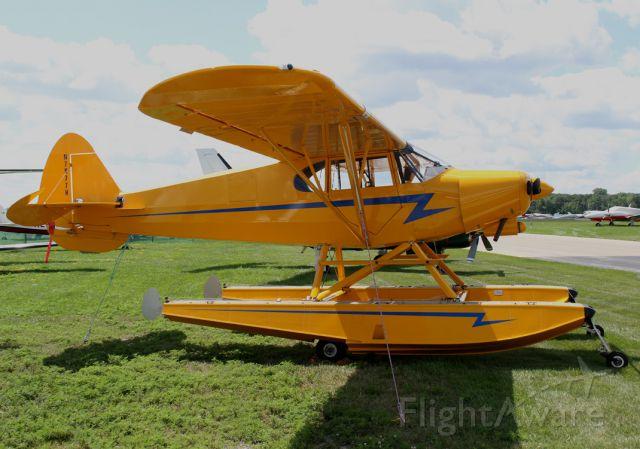 Piper PA-12 Super Cruiser (N7977H)