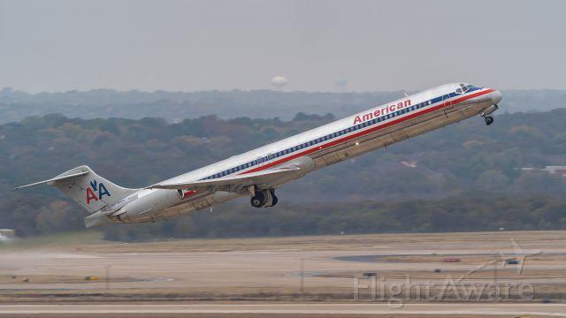 McDonnell Douglas MD-80 (N984TW) - Departing 36Rbr /11/18/18