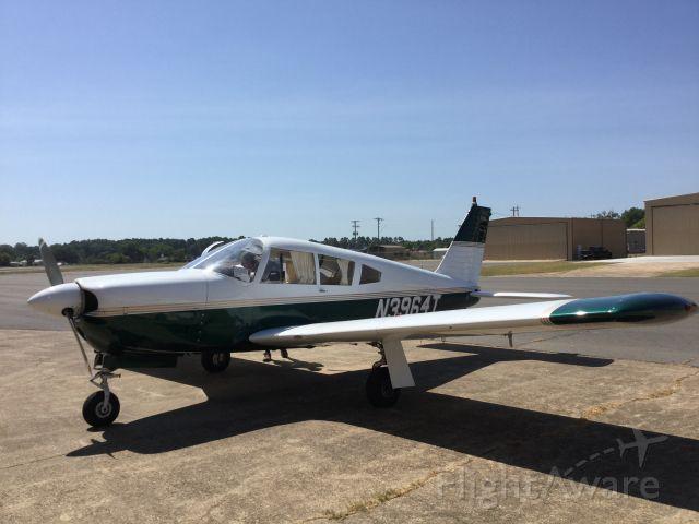 Piper Cherokee (N3964T)