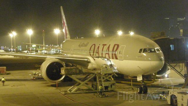 BOEING 777-200LR (A7-BBG)