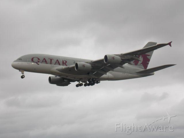 Airbus A380-800 (A7-APA)