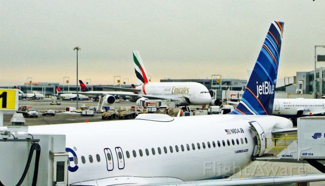 Airbus A320 (N804JB) - JETBLUE A320 AND A380 OF EMIRATES AT KJFK AIRPORT!