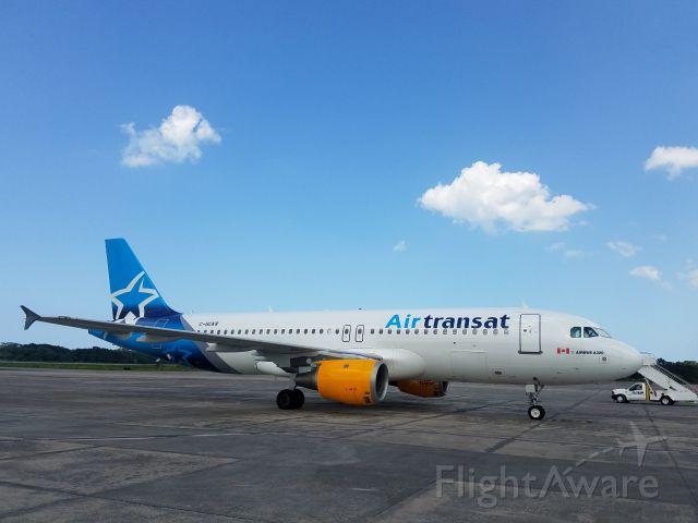 Airbus A320 (C-GCKR) - Air Transat A320-200. AZS/MDCY. Rep. Dom.