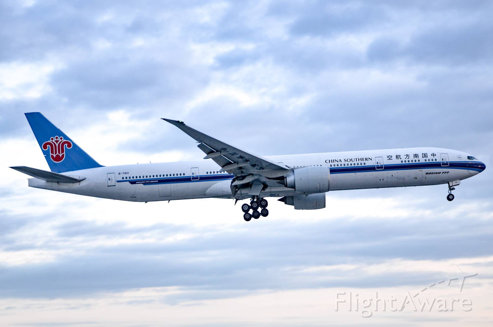 BOEING 777-300 (B-7183) - Here is a China Southern 777-300ER on final for 23 at Toronto Pearson Airport right before it gets dark.