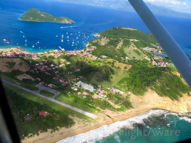 Cessna Skylane (N1967X) - Abeam Les Saintes, Guadeloupe (FWI)