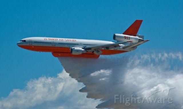 McDonnell Douglas DC-10 (N17085) - Water Drop