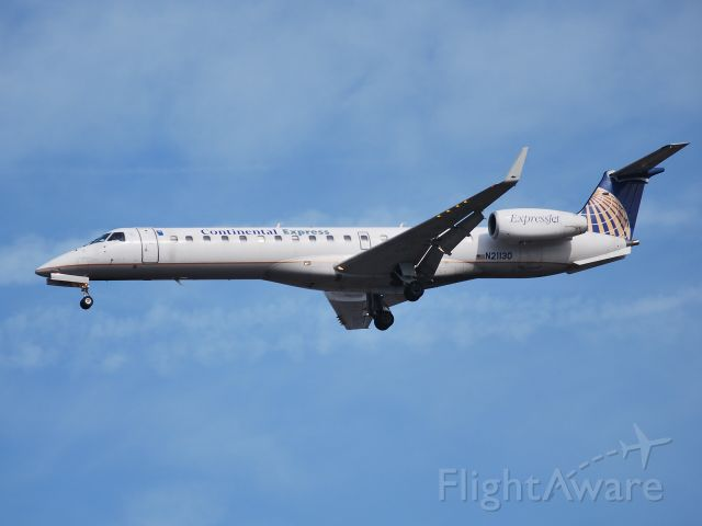 Embraer ERJ-145 (N21130) - Approaching runway 23 - 3/11/09