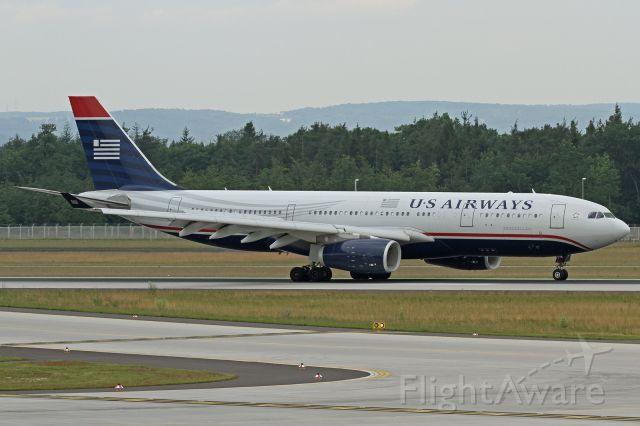 Airbus A330-200 (N279AY)