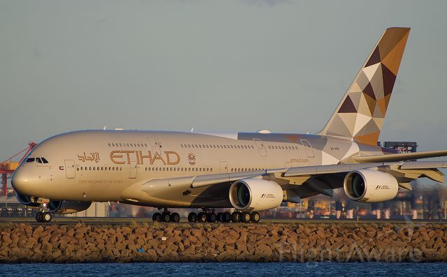 Airbus A380-800 (A6-APB) - EY 454 arriving yesterday afternoon at Sydney Airport