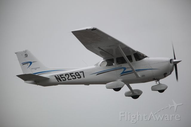 Cessna Skyhawk (N52597)