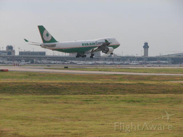 Boeing 747-400 (B-16481) - Eva air flight 692 arriving from Anchorage, AK