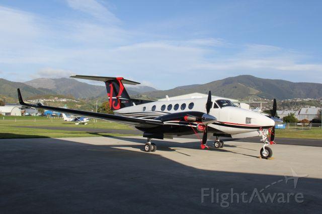 Beechcraft Super King Air 200 (N175EU)