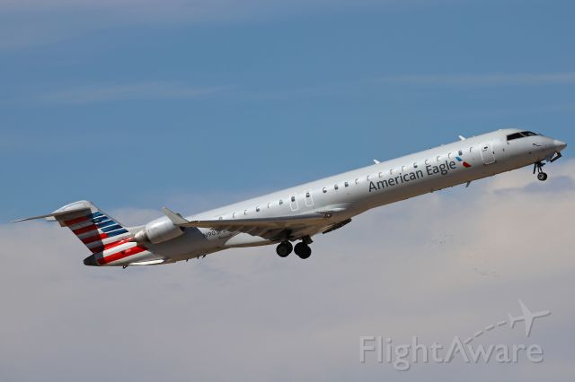Canadair Regional Jet CRJ-900 (N903FJ) - New colors for this former America West and US Airways CRJ. ASH5765 took us from DFW to AMA (Amarillo, TX) on 11 Nov 2020. The CRJ-900ER was delivered to Mesa/America West Airlines in April 2003. I caught it departing en route back to Dallas.