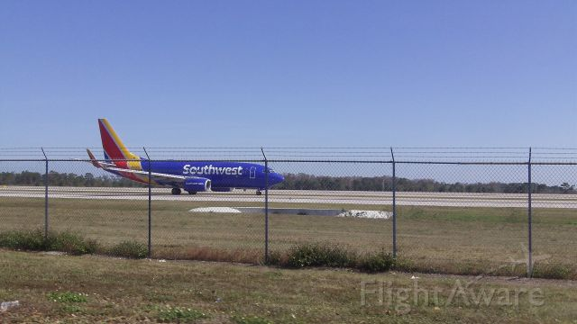 Boeing 737-700 — - Southwest B737 Just landed at Orlando International Airport <br />12/25/17<br />Tail Number: Unknown <br />Please leave comments/feedback :)