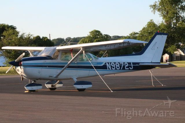 Cessna Skyhawk (N9872J) - N9872J sitting on the apron after a short hop flight demonstrating the capabilities of what the aircraft can do showing a student pilot (me) in a two hour and half hour span.