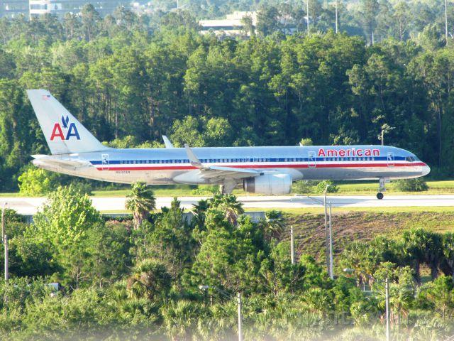 Boeing 757-200 (N602AN)
