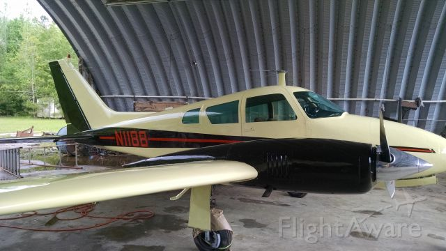 Cessna 310 (N1188)