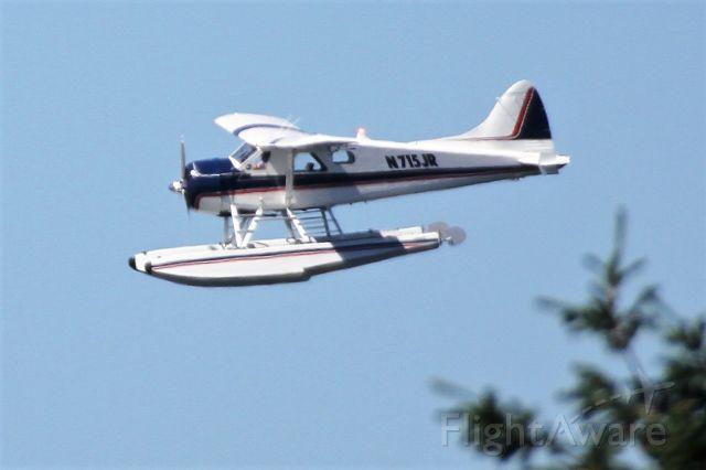 De Havilland Canada DHC-2 Mk1 Beaver (N715JR) - Over Mercer Island, WA