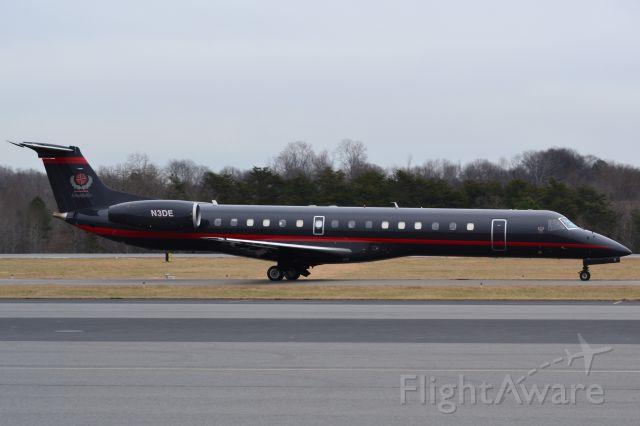 Embraer ERJ-145 (N3DE) - CHAMPION AIR LLC (UNCC basketball team headed to North Texas) taxiing at KJQF - 1/3/18
