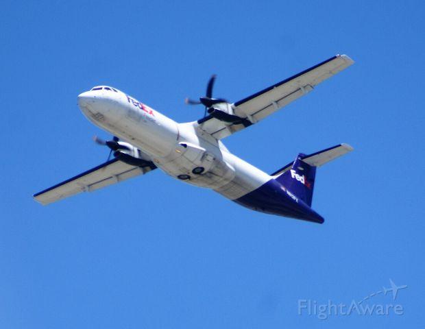 Aerospatiale ATR-42-300 (N812FX)