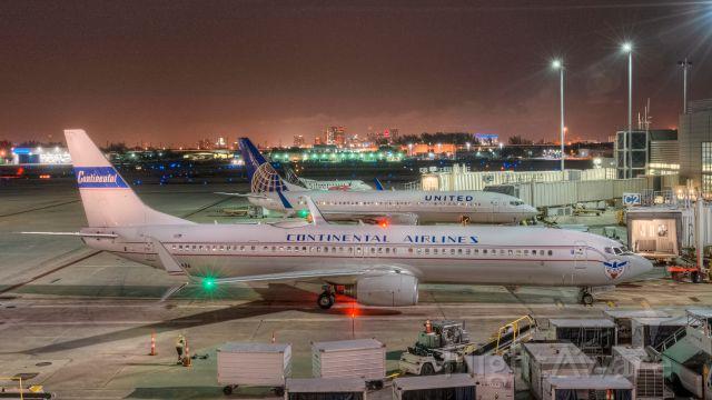 — — - N75436 737-924  United Airlines KFLL 02 Feb 2016