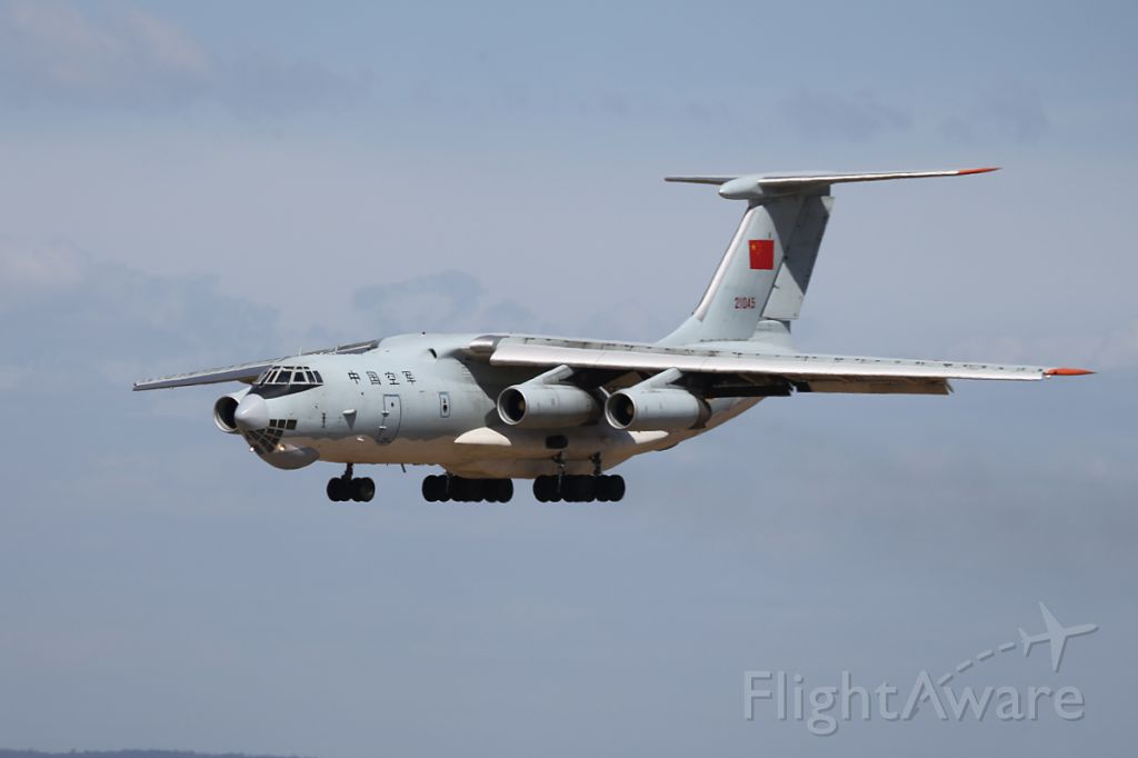 Ilyushin Il-76 (N21045) - A Chinese Air Force IL-76 landing at Perth Australia tojoin the search for missing Malaysia Airlines Flight MH370