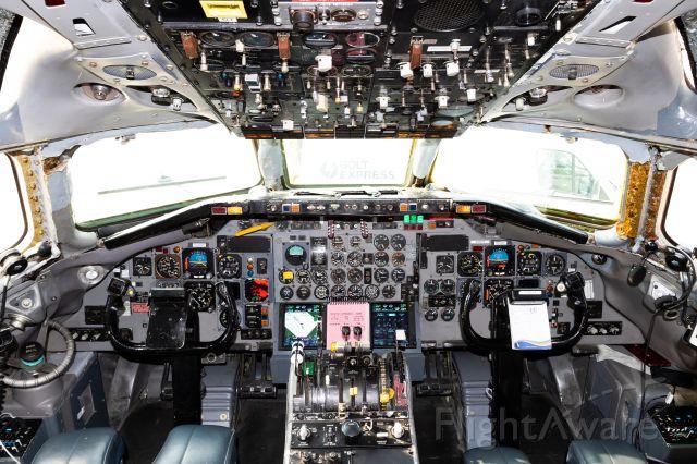 Douglas DC-9-10 (N785TW) - Cockpit of the DC9!