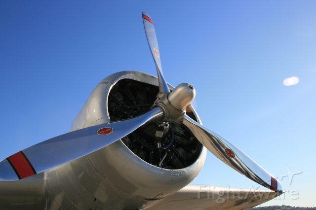 — — - Douglas DC-2