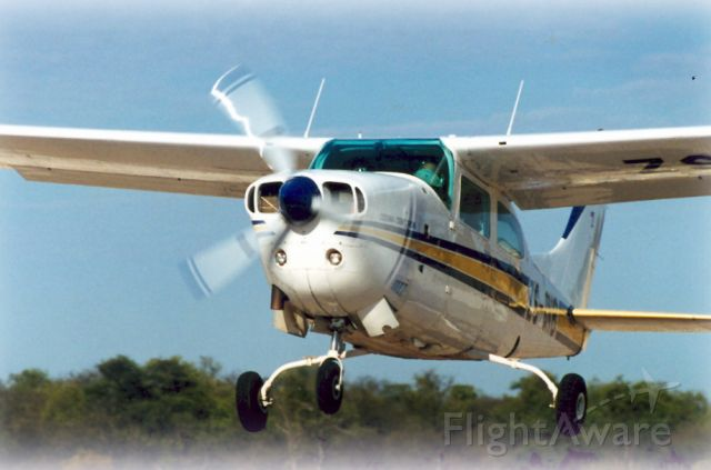 Cessna Centurion (ZS-AVB) - Take off at ELEV 4,500ft. Aircraft is turbo charged.