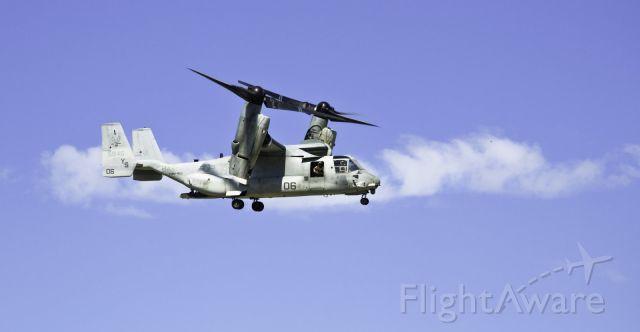 Bell V-22 Osprey (VMM162) - Haiti earthquake relief effort.  Jan 2010    Photo by Alexandre Sanchez